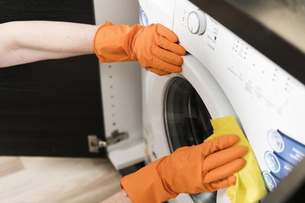 Cómo cambiar la goma de la lavadora